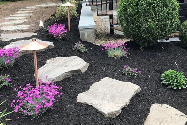 600x400-flowers-stones2